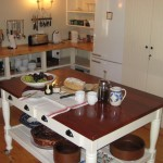 68 on Vlei Greyton self catering kitchen