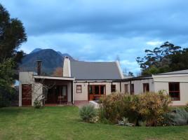 Gingerbread Cottage Back Garden