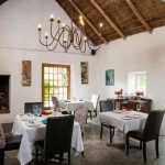 Old Potters Inn Greyton dining room