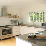 Cedrics Country Lodge Greyton Main House kitchen